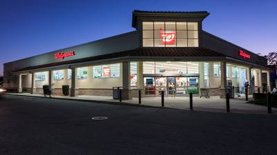 Walgreens to open doctors' offices in hundreds of drugstores nationwide