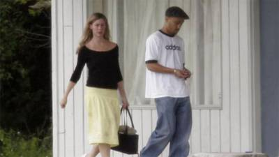 Mary Kay Letourneau, teacher convicted of having sex with 12-year-old student, dies of cancer