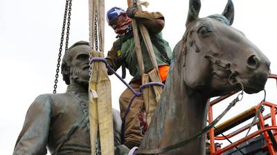 Stonewall Jackson statue removed from Richmond's Monument Avenue